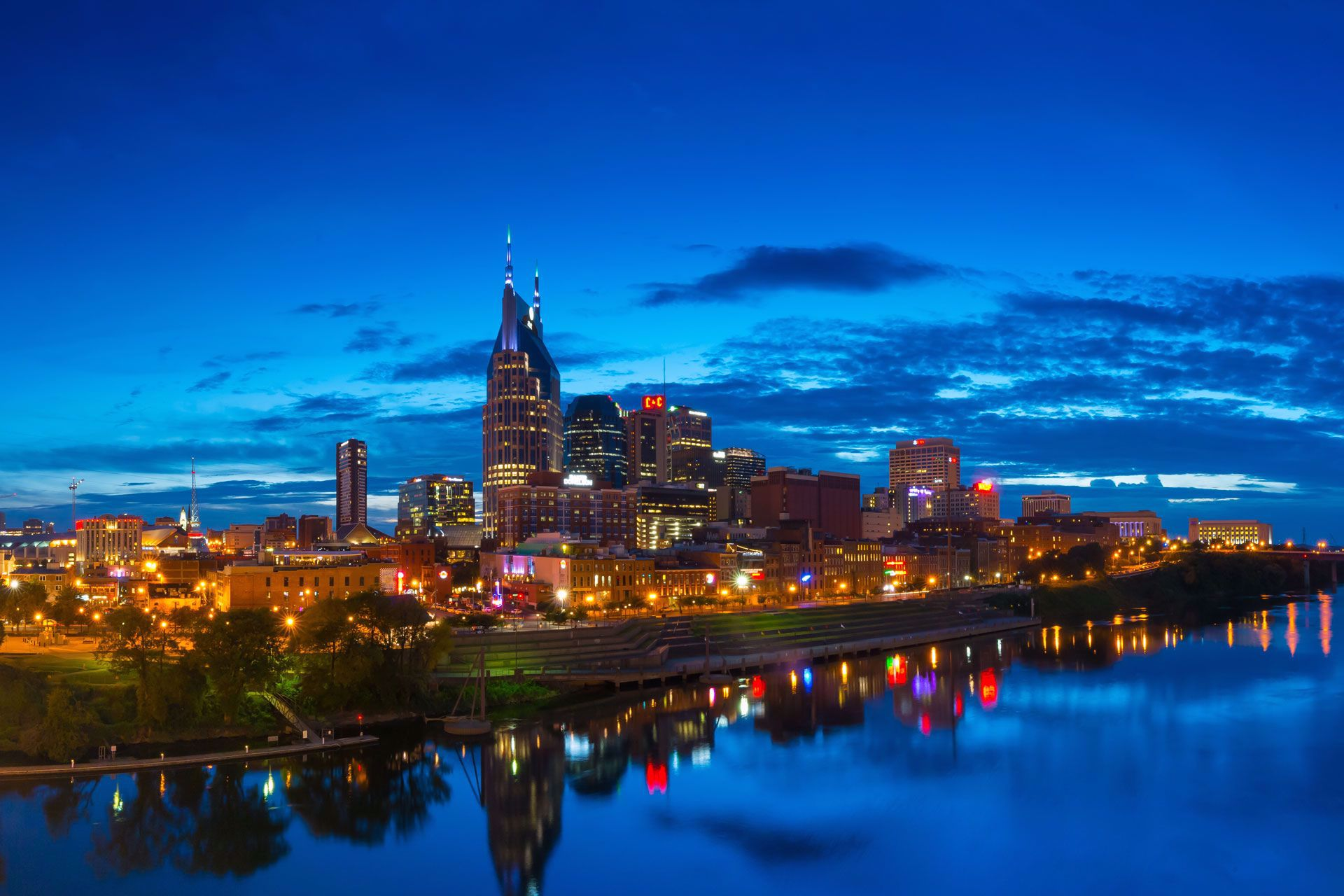 Experience Nashville after dark