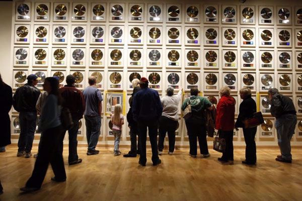 See who is in the country music hall of fame