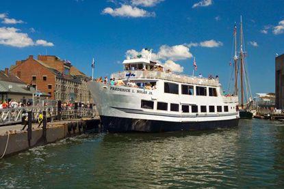 Boston Historic Sightseeing Cruise