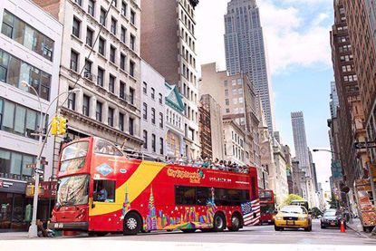 Double Decker Bus Tour of Downtown Manhattan