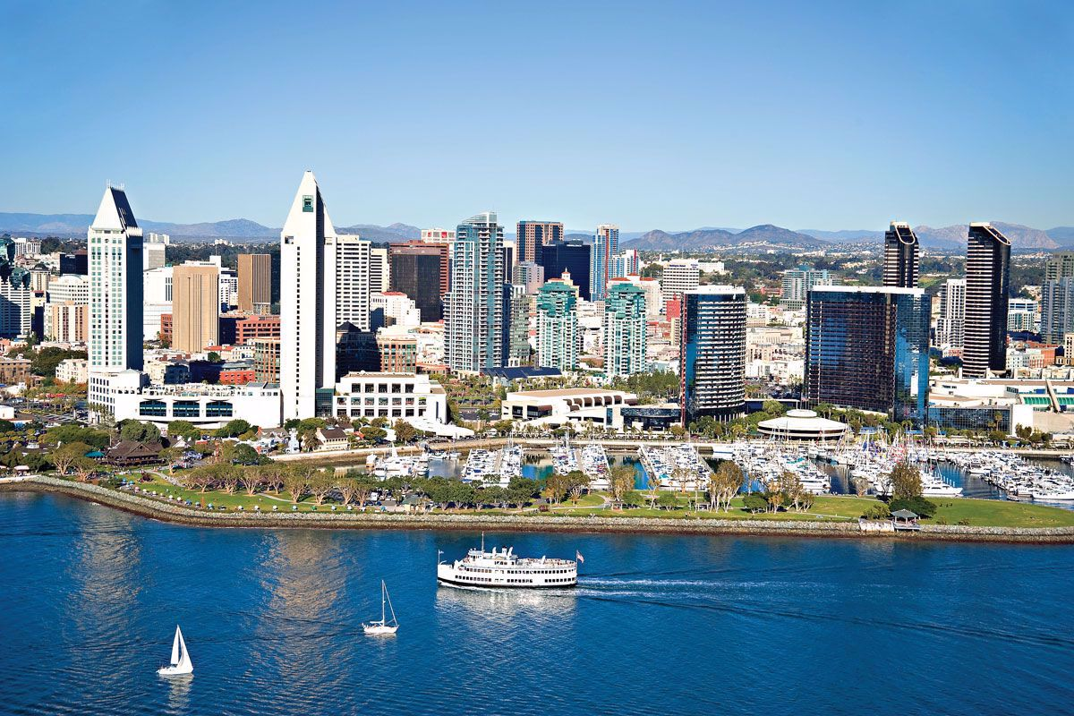 Cruise along the San Diego waterways